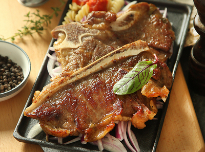 纽约客带骨牛排 ¥ 65 New York Bone-in Steak